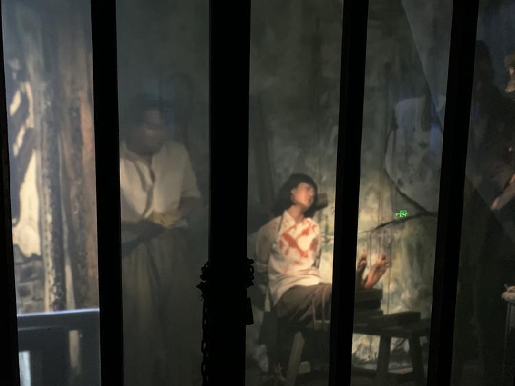实景视频展示江姐的狱中抵抗情景。(3511567)-20191012211109.jpg