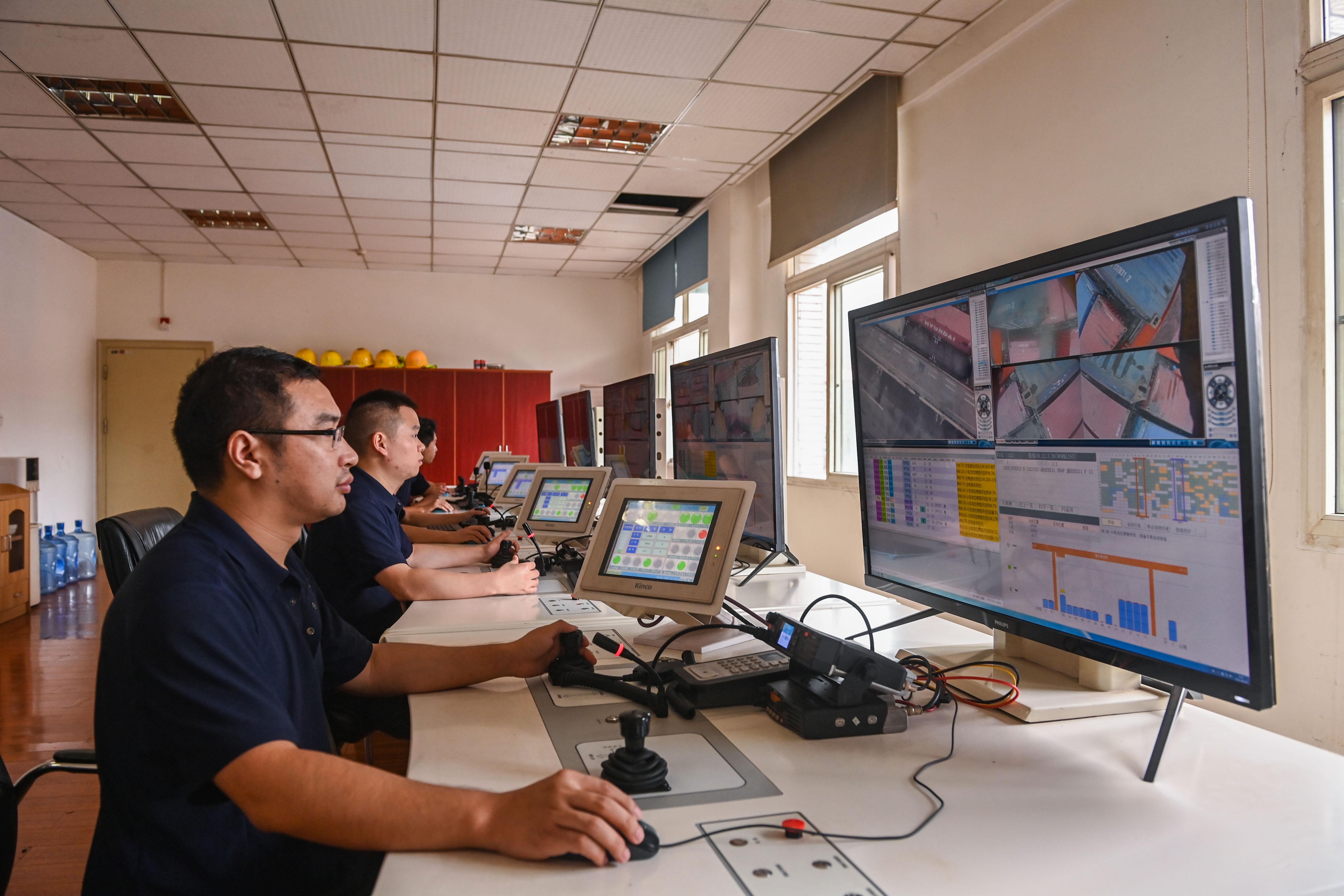 重慶果園港:將打造成標桿性智慧化多式聯運樞紐港